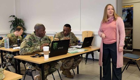 7th MSC civil affairs Soldiers learn to speak Russian